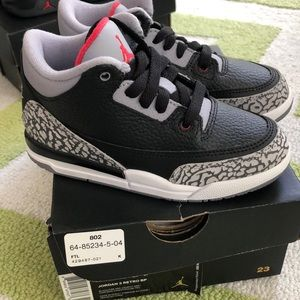 Jordan 3 retro bread cement NIB 11c